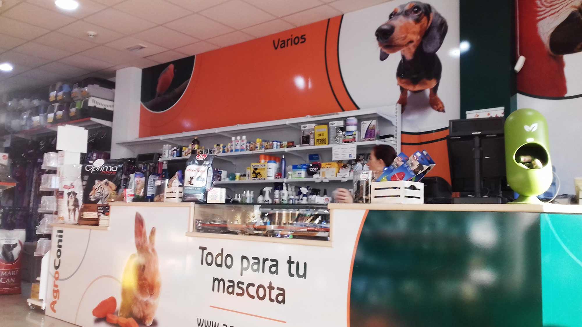 Indoor advertising Agroconil shop